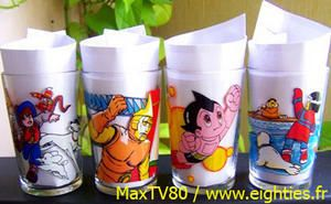 années 80, annees 80, 80's, verres-à-moutarde, verre-a-moutarde, verres-décorés, dessins-animés, nostalgie, mode, ducros, maille, amora, eighties, glass, cartoon, glasses, basos, baso, maya, candy, goldorak, nils holgersson, albator, maya-l'abeille, yakari, enfants, enfant, trentenaires,