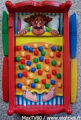 années, annees, 80, 80's, noël, 1985, 85, MB, Piqu'puces, pique, puces, jeu, jeux, jouet, jouets, lit,