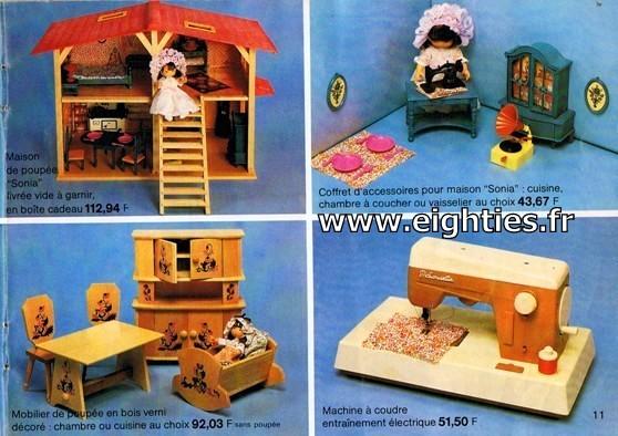 ANNEES 80, 80's, Eighties, catalogue, jeux, jouets, continent, magasins, hypermarchés, supermarchés, nostalgie, souvenirs, Noël, 1981, poupée Sonia