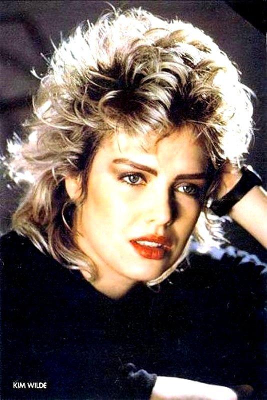 https://www.eighties.fr/wp-content/uploads/2011/05/ANNEES_80-Kim-wilde-jeune-young-80s-18.jpg