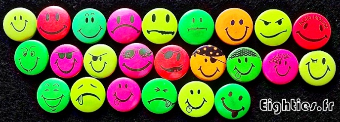 Badges smiley fluo acid music annees 80 Eighties