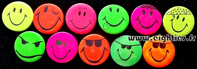Grands Badges smiley fluo acid music annees 80 Eighties