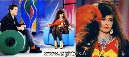 ANNEES 80, 80's, eighties, 1987, Yianna Katsoulos, les autres sont jaloux, top 50, Marc Toesca, tube, titre, bijoux, mode, hit, kitsch